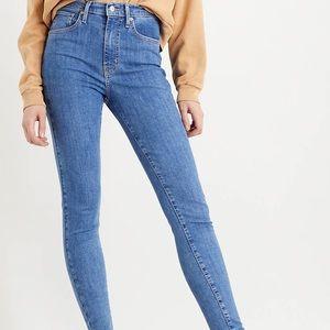 Levi's size 25 Mile High Super Skinny Jeans